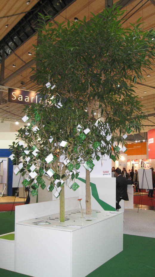 CeBIT 2008: Climate Savers Pledge Tree
