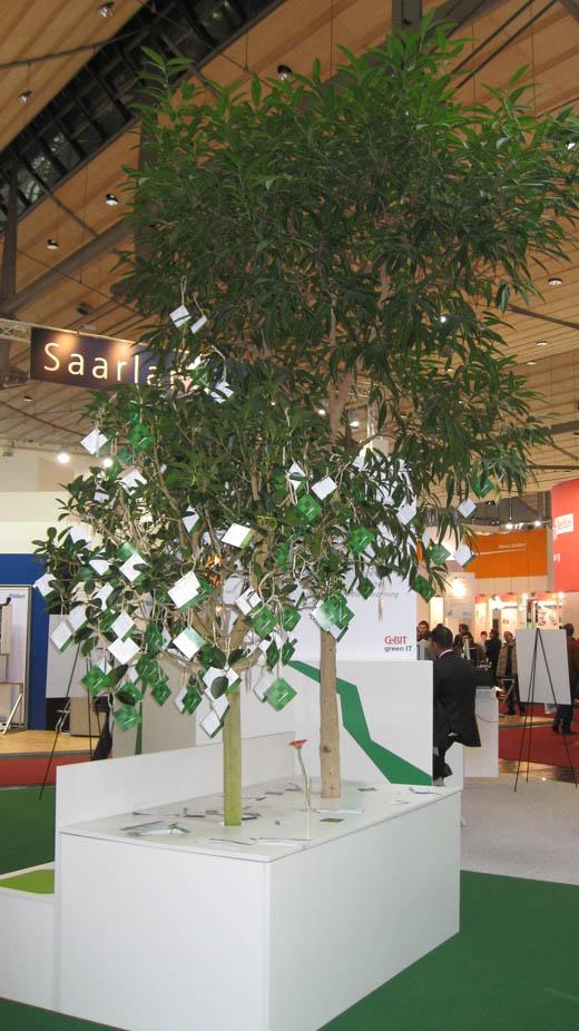 CeBIT 2008: Climate Savers Pledge Tree