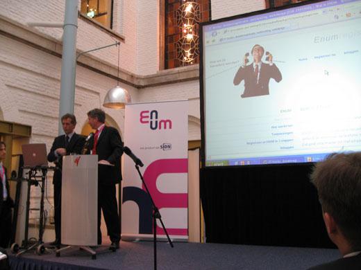 Enum Live!: Mark Frequin bezig eerste ENUM-domein te registreren